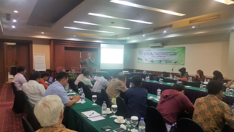 Mr. René Van Berkel of UNIDO proposed a five pronged agenda for low carbon industrial innovation. Jakarta, 7 December 2016