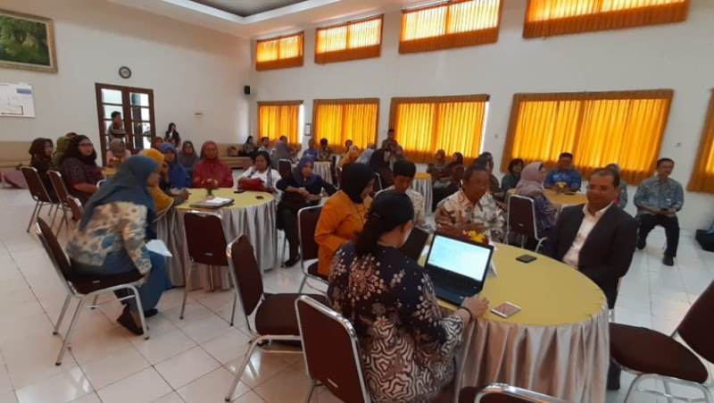 Workshop Formation of Batik RECP Club Yogyakarta Introduction and Socialization Of RECP in The Batik Sector