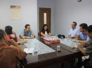 RECP Project Manager from SECO, and Project Manager and Chief Technical Advisor from UNIDO received feedback from one of the demonstration companies regarding the RECP assessment in their company.